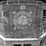 Schwarz-Weiß: Kloster Hirsau - Glockenturmuhr